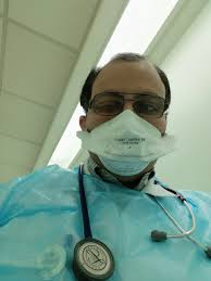 File:N95 mask while visiting a TB case.jpg - Wikimedia Commons